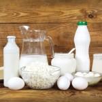 Dlaczego warto pić mleko, jeść sery i jajka.